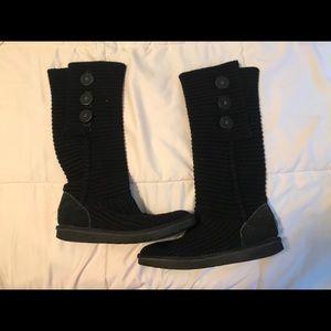 Size 8 Black Knit Uggs